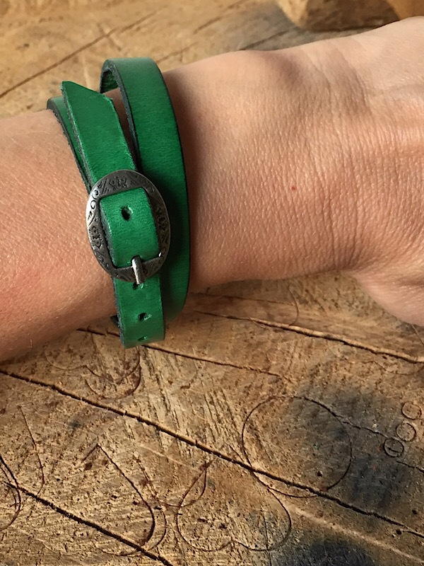 Green Double Wrist Wrap